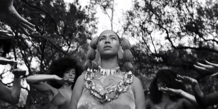 ALLE-!-looks-uit-Beyonces-Lemonade-onder-de-loep_img700.jpg