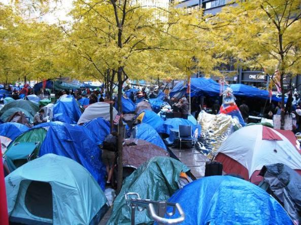 tents_in_zuccotti_park